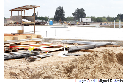 Construction on the Los Fresnos site.
