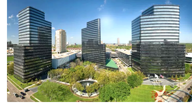 Apache Corp. has signed an extension to its 524,342-sf lease in Post Oak Central, an Uptown Houston office complex.