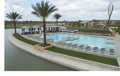 Image of resort style pool at Meridiana.