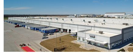 The New Sherwin-Williams distribution center in Waco, Texas, built by general contractor Bob Moore Construction.