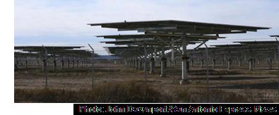 Image of a solar farm in Texas.